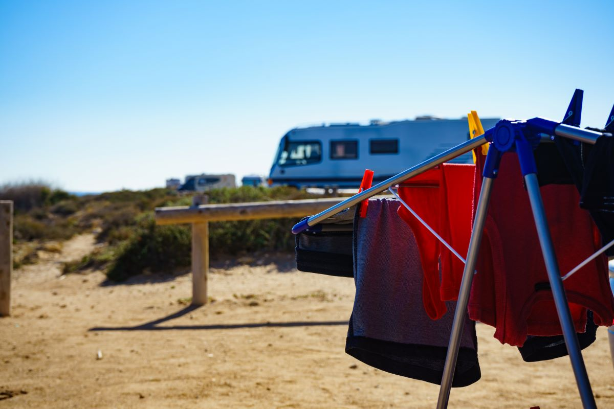 Mobile wash & fold laundry family camps pickup laundry for holiday rentals, Airbnb and hotels - laundry service Queensland Victoria New South Wales